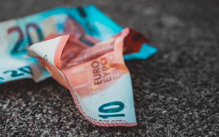 Aumento delle tasse per le associazioni di volontariato e del terzo settore: un provvedimento ingiusto che grava su chi si impegna per il bene degli altri