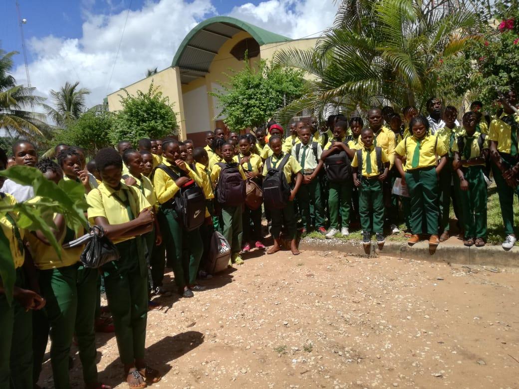 Luigi Bobba: cronaca della settimana in Mozambico con le Acli e con il Rotary per sostenere la scuola tecnico professionale Estrela do Mar